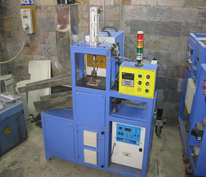 Fully Automatic Silent Block Salvaging Machine